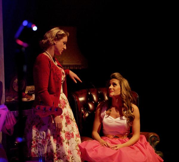Katie Paine & Robyn Mellor Photo