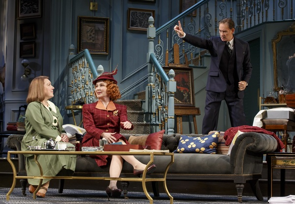 Photo Flash: First Look at Kevin Kline & Company in PRESENT LAUGHTER on Broadway!