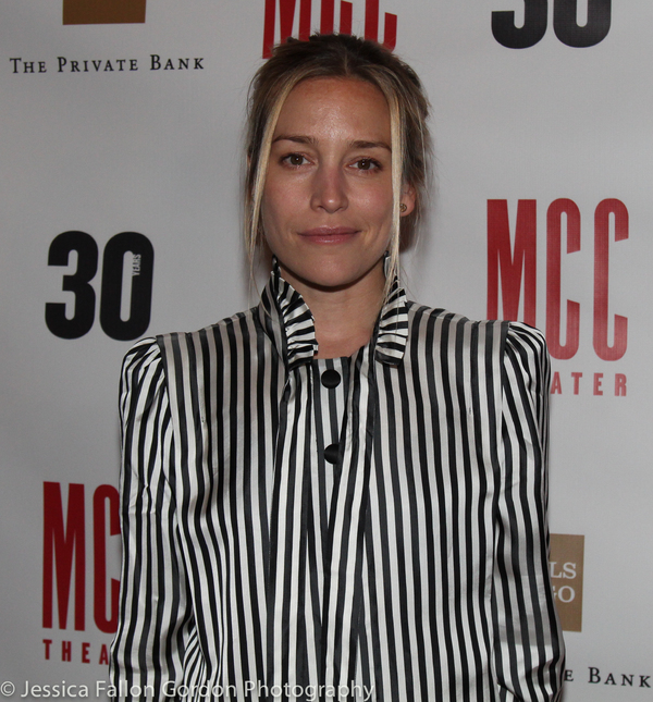 Piper Perabo Photo