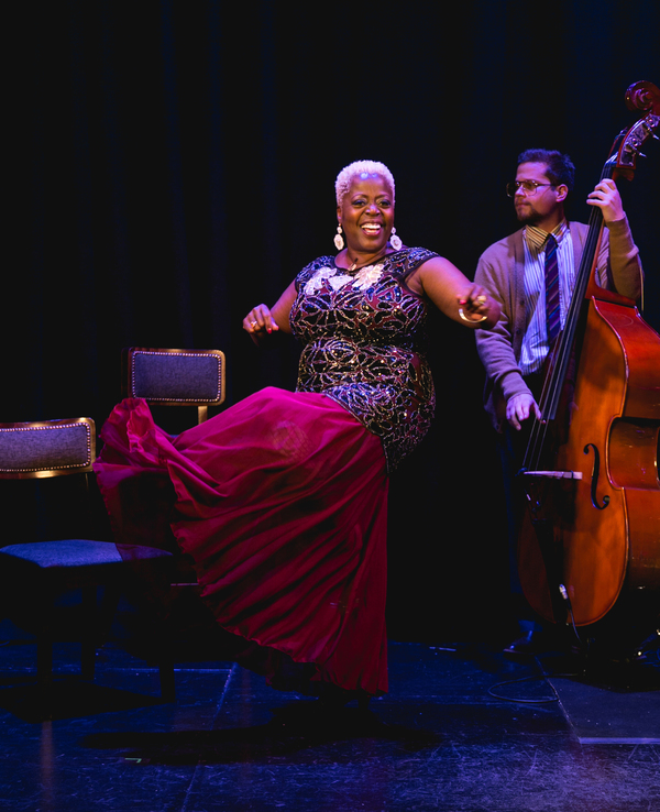 Photos: First Look - Lillias White Takes on London in THIS JOINT IS JUMPIN'