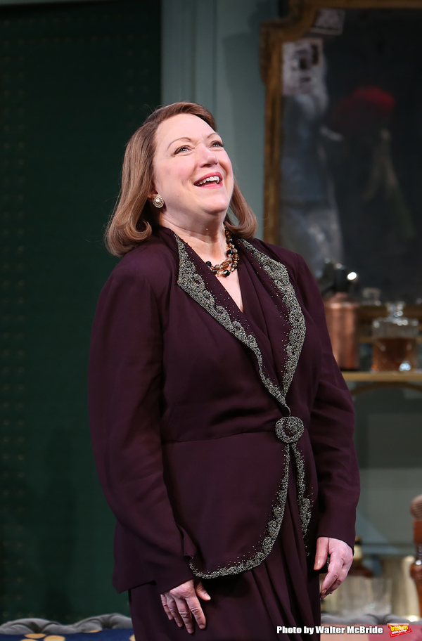Photo Coverage: Kevin Kline and the Cast of PRESENT LAUGHTER Take Opening Night Bows!