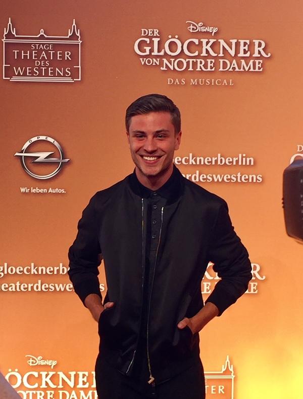 Photo Coverage: Disney's GLOECKNER VON NOTRE DAME Premiere im Stage Theater des Westens Berlin