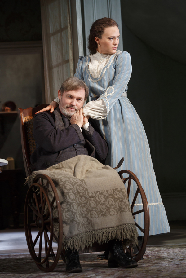 Richard Thomas as Horace Giddens and Francesca Carpanini as Alexandra Giddens. Photo by Joan Marcus