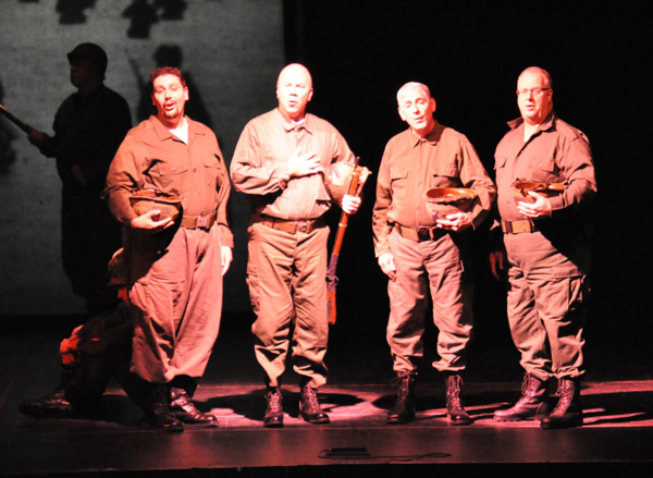 Quartet performs I'll Be Home For Christmas during Reagle's Remembering the 40's revu Photo