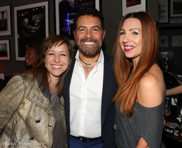 Paige Davis, Clint Holmes and Tara Palsha Photo
