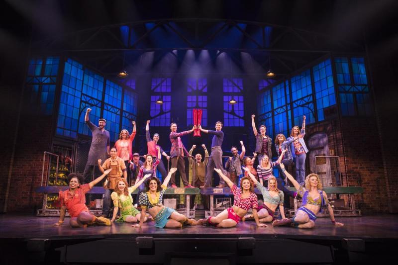BWW REVIEW: KINKY BOOTS Struts Into Sydney Bringing Heels, Heart And An Inspiring Story Of Acceptance
