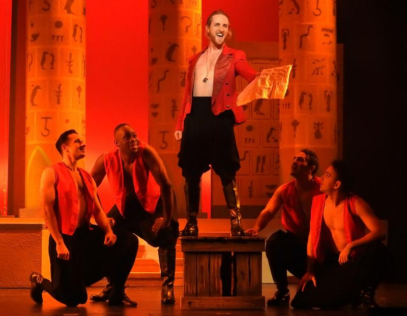 BWW Reviews: Slow Burn's AIDA is Perfection Written in the Stars