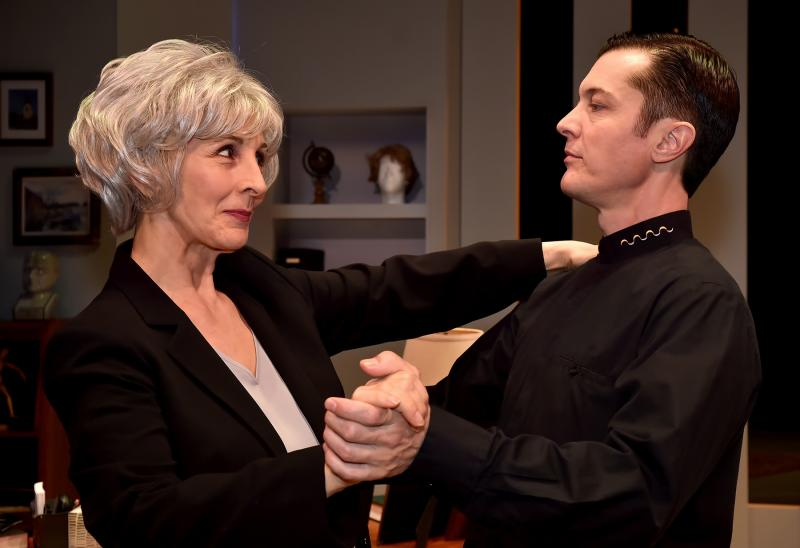 BWW Review: UNCANNY VALLEY at International City Theatre