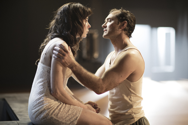 Halina Reijn and Jude Law