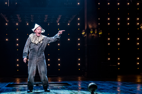 Photo Flash: First Look at Drury Lane Theatre's Fiery New Take on CHICAGO