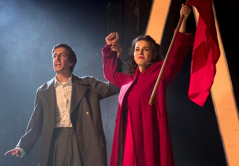 BWW REVIEW: Both Inspiring And Enlightening, THE CHAPEL PERILOUS Is A Wonderful Expression of An Australian Woman's Journey Of Self Discovery