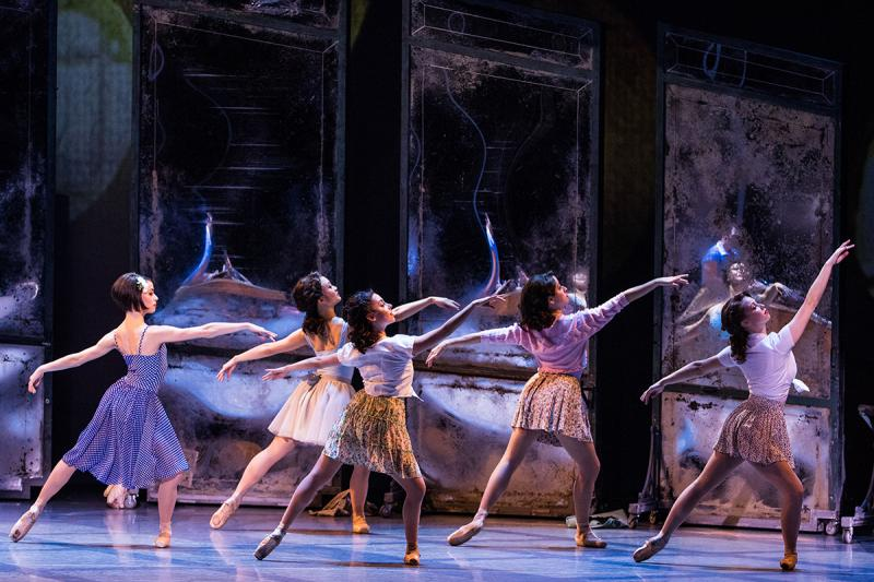 BWW Review: 'S Wonderful AN AMERICAN IN PARIS Tour Enchants O.C.