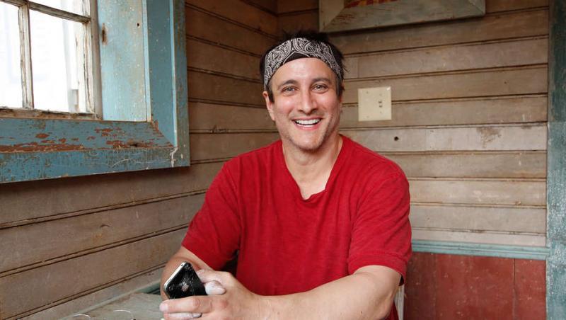 BWW Interview: A Conversation with Bronson Pinchot at Dad's Garage Theatre
