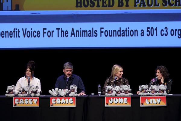 Casey Wilson, Craig Ferguson, June Diane Raphael and Lily Tomlin