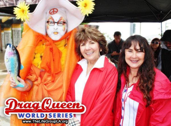 Sister Unity, City of Glendale's Mayor, Paula Devine and Sunnie Rose Berger