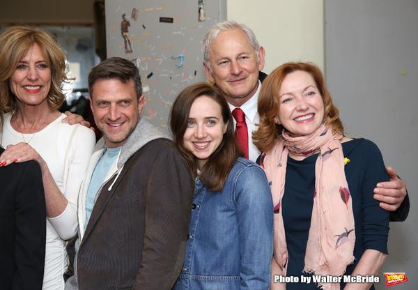 Christine Lahti, Raul Esparza, Zoe Kazan, Victor Garber and Julie White  Photo