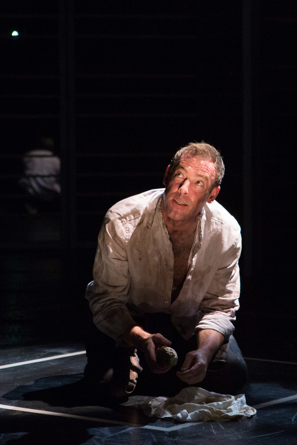 Photo Flash: First Look at Ian Merrill Peakes and More in TIMON OF ATHENS at Folger Theatre