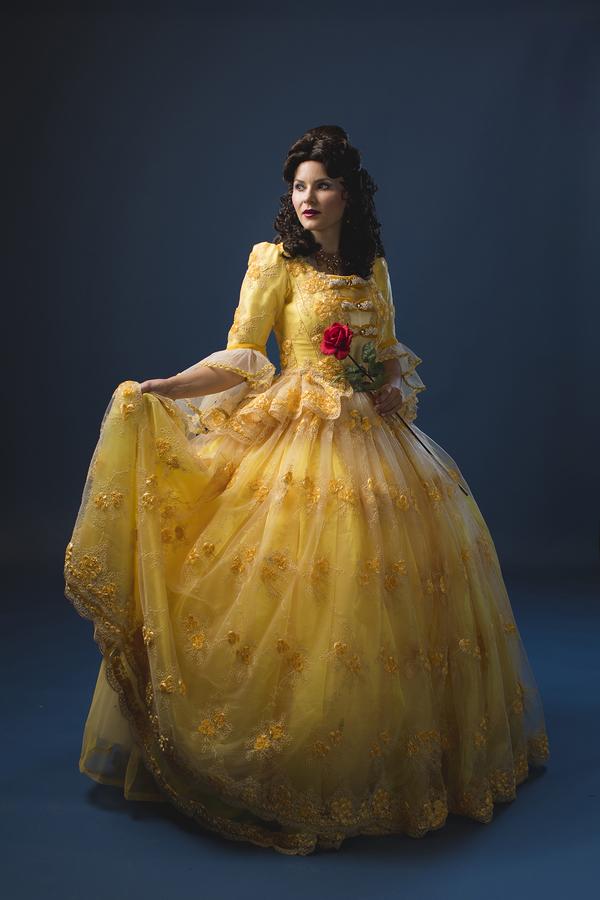 Leanne Hill Carlson as Belle Photo