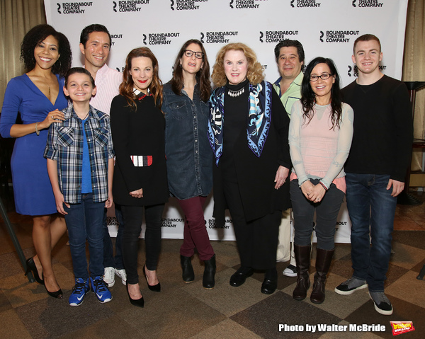 FREEZE FRAME: Meet the Cast of MARVIN'S ROOM on Broadway!