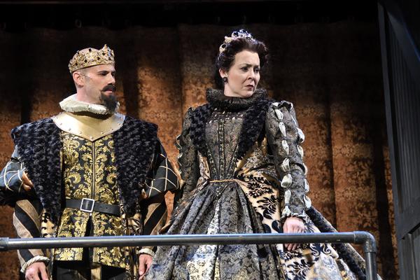 Daniel Duque-Estrada as King Ferdinand of Aragon and Rachael Warren as Queen Isabella of Castile
