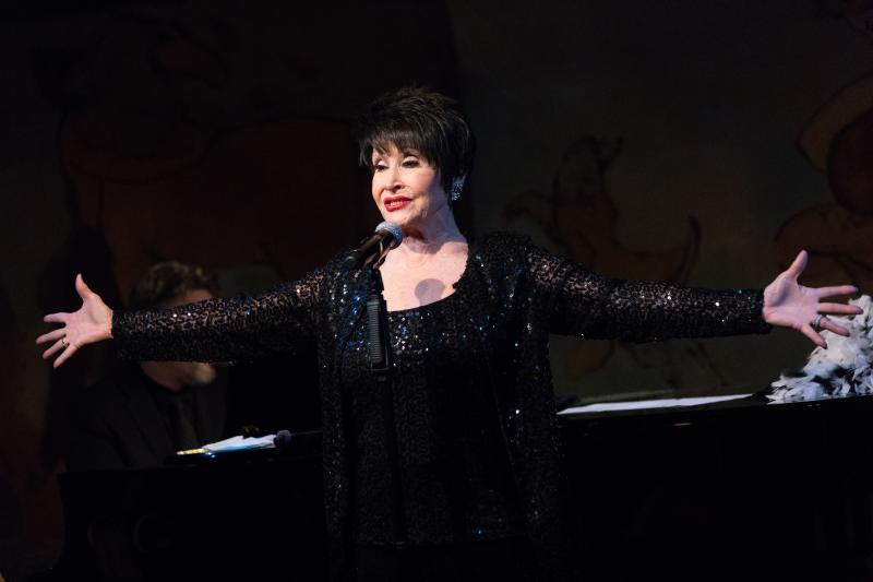 BWW Review: Chita Rivera, Complete With Frills and Feathers, Entertains In Café Carlyle Run