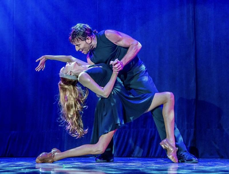 BWW Previews: CONTACT! at The Showroom At South Point
