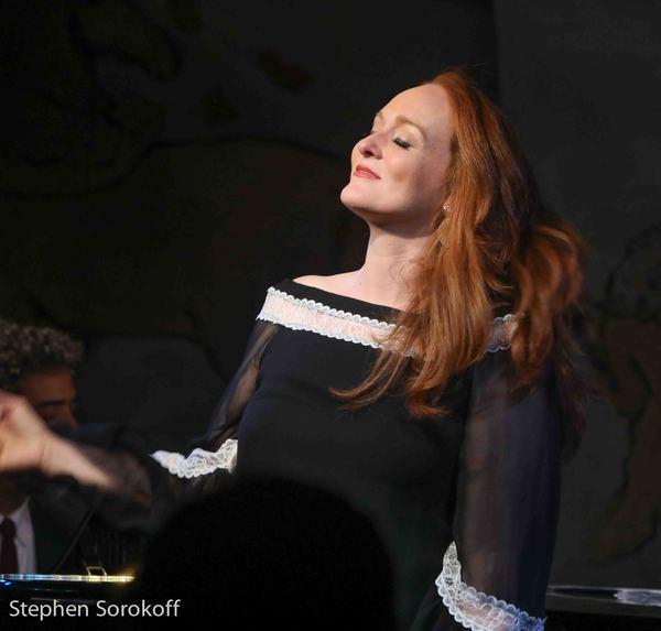 Antonia Bennett Photo