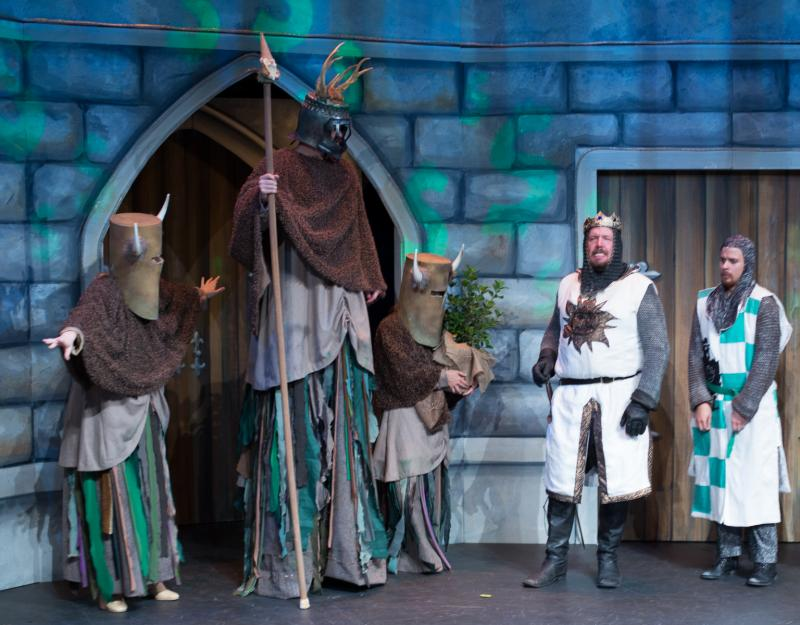BWW Reviews: SPAMALOT Ferocious, Fast-Paced Comedy Smash