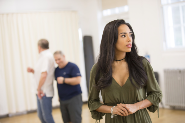 Photo Flash: A Whole New World! In Rehearsals with the New West End Company of ALADDIN
