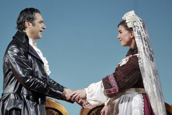 Ildebrando D'Arcangelo and Sarah Shafer