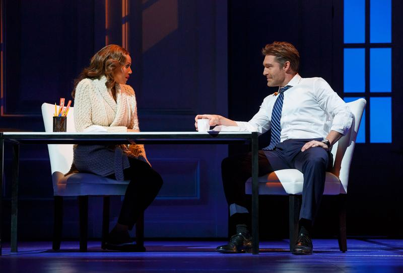 BWW Review: Stage Adaptation of THE BODYGUARD Makes OC Debut at Segerstrom Center