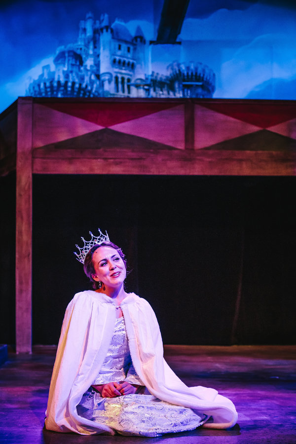 Photo Flash: First Look at CAMELOT at The Encore Musical Theatre Company