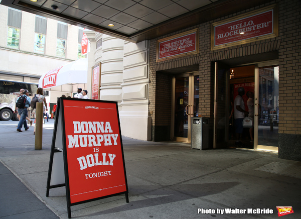 Photo Coverage: The Shubert Theatre Gets Ready for Donna Murphy!