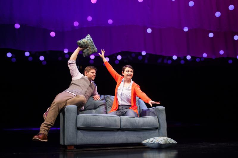 BWW Review: Geffen Playhouse Sets Its Course for Love in CONSTELLATIONS