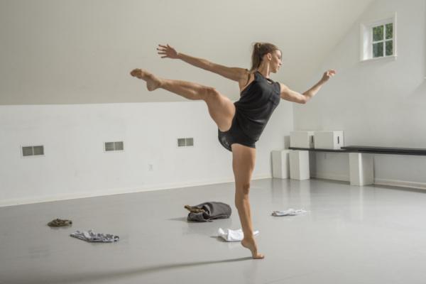 Vanessa Long Dance Company's Principal Dancer Maria Vittoria Villa performing the VLDC's newest work Green Apples Photo Credit: Hub Willson Photography