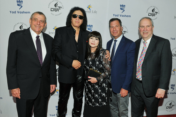 Leonard Wilf, Gene Simmons, Rita Spiegel, Gary Foster Ron Meier Photo
