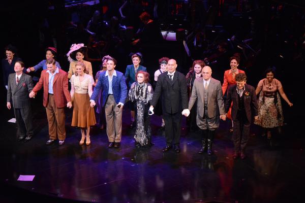 Siobhan Dillon, Michael Xavier, Glenn Close, Fred Johanson and the Cast Photo