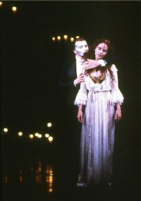 BWW Exclusive: A Chronicle of Director/Producer Hal Prince's Legendary Broadway Career