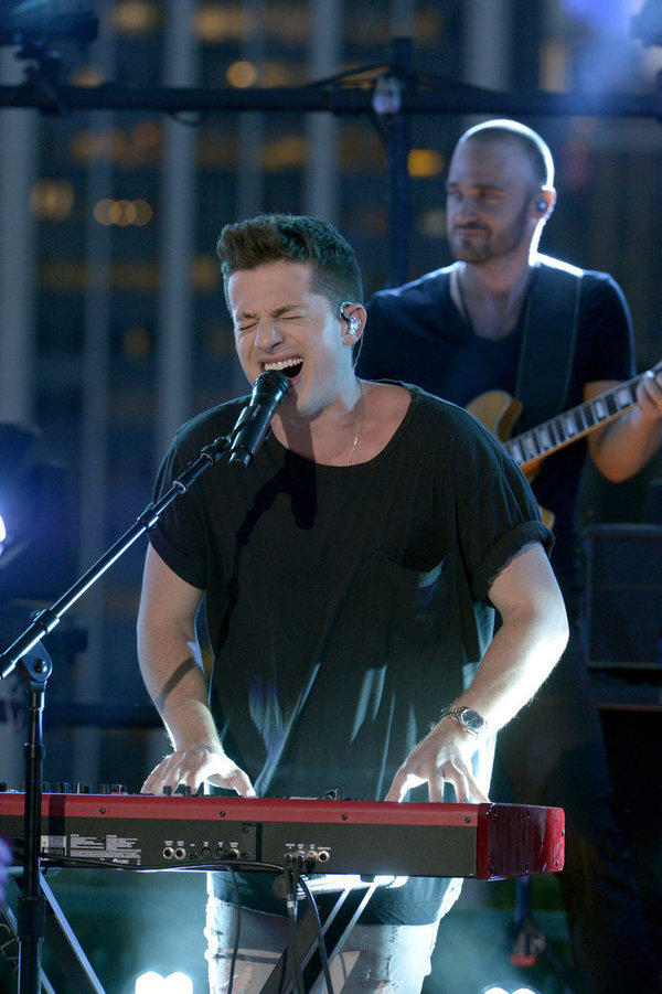 """MACY'S FOURTH OF JULY FIREWORKS SPECTACULAR -- Pictured: Charlie Puth rehearses for the 2017 """"Macy's Fourth of July Fireworks Spectacular"""" -- (Photo by: Virginia Sherwood/NBC)"""