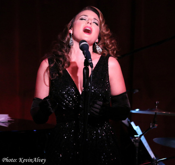 Photo Flash: Melissa Errico Croons at Birdland