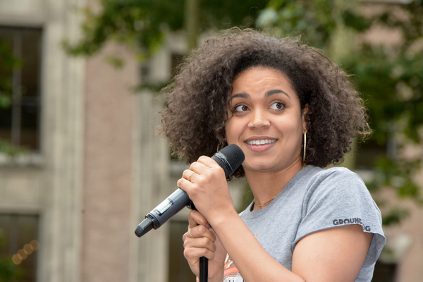 Photo Coverage: GROUNDHOG DAY, WICKED & More Help Kick Off the Summer at Broadway in Bryant Park!