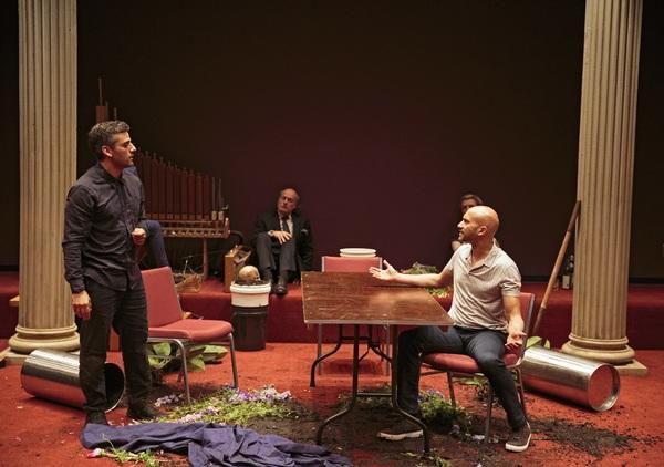 Oscar Isaac and Keegan-Michael Key, and Peter Friedman and Gayle Rankin