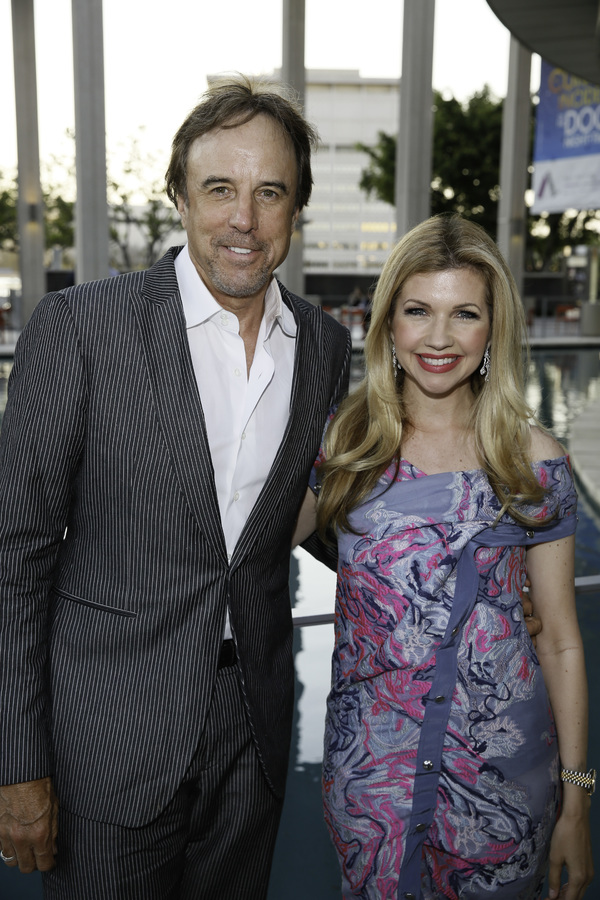 Kevin Nealon and Susan Yeagley Photo