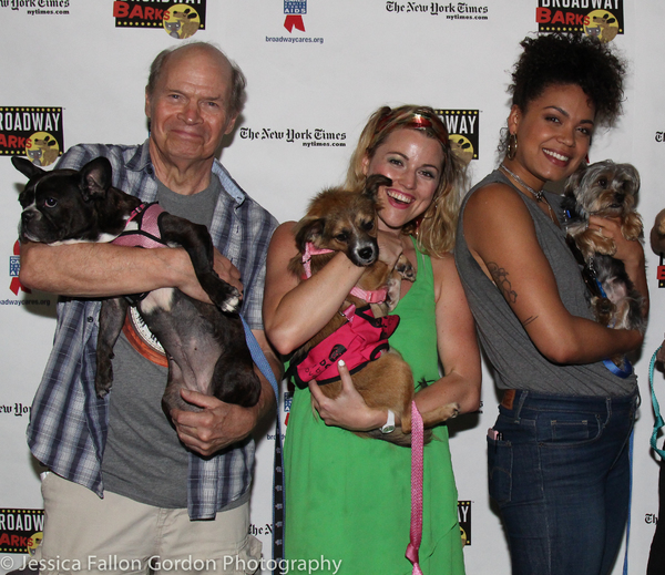 Photos: Stars of COME FROM AWAY, ANASTASIA, GROUNDHOG DAY and More Align for BROADWAY BARKS