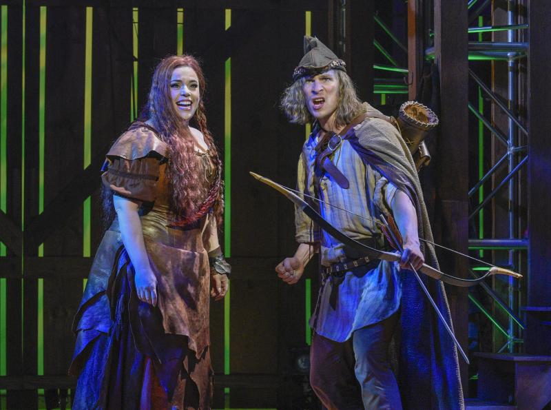 BWW Review: Douglas Carter Beane's New Musical HOOD at Dallas Theater Center