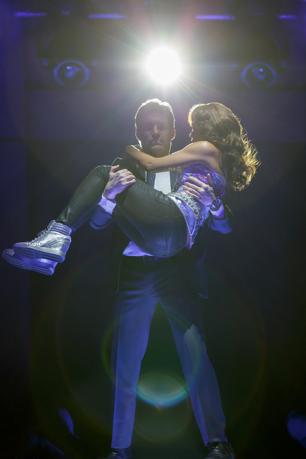 Photo Flash: First Look at THE BODYGUARD at The Hobby Center