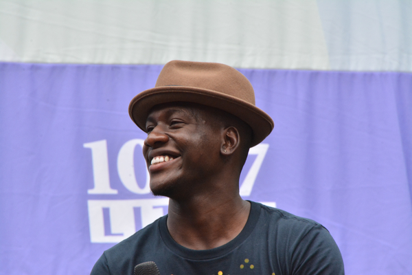 Photo Coverage: Casts of KINKY BOOTS, BEAUTIFUL & More Sing Out at Broadway in Bryant Park!