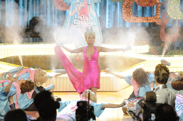 HAIRSPRAY LIVE! -- Pictured: Kristin Chenoweth as  Velma Von Tussle -- (Photo by: Colleen Hayes/NBC)