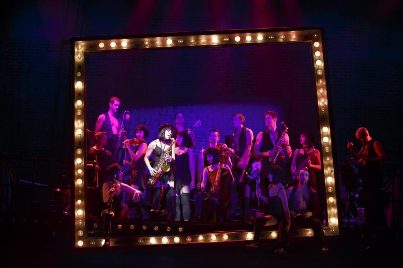 BWW Review:  Come to the CABARET at Kennedy Center