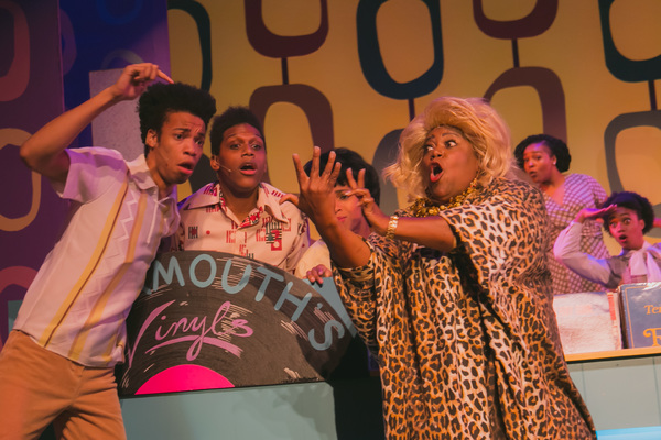 BWW Review: HAIRSPRAY Full of Talent and Entertainment at The Playhouse